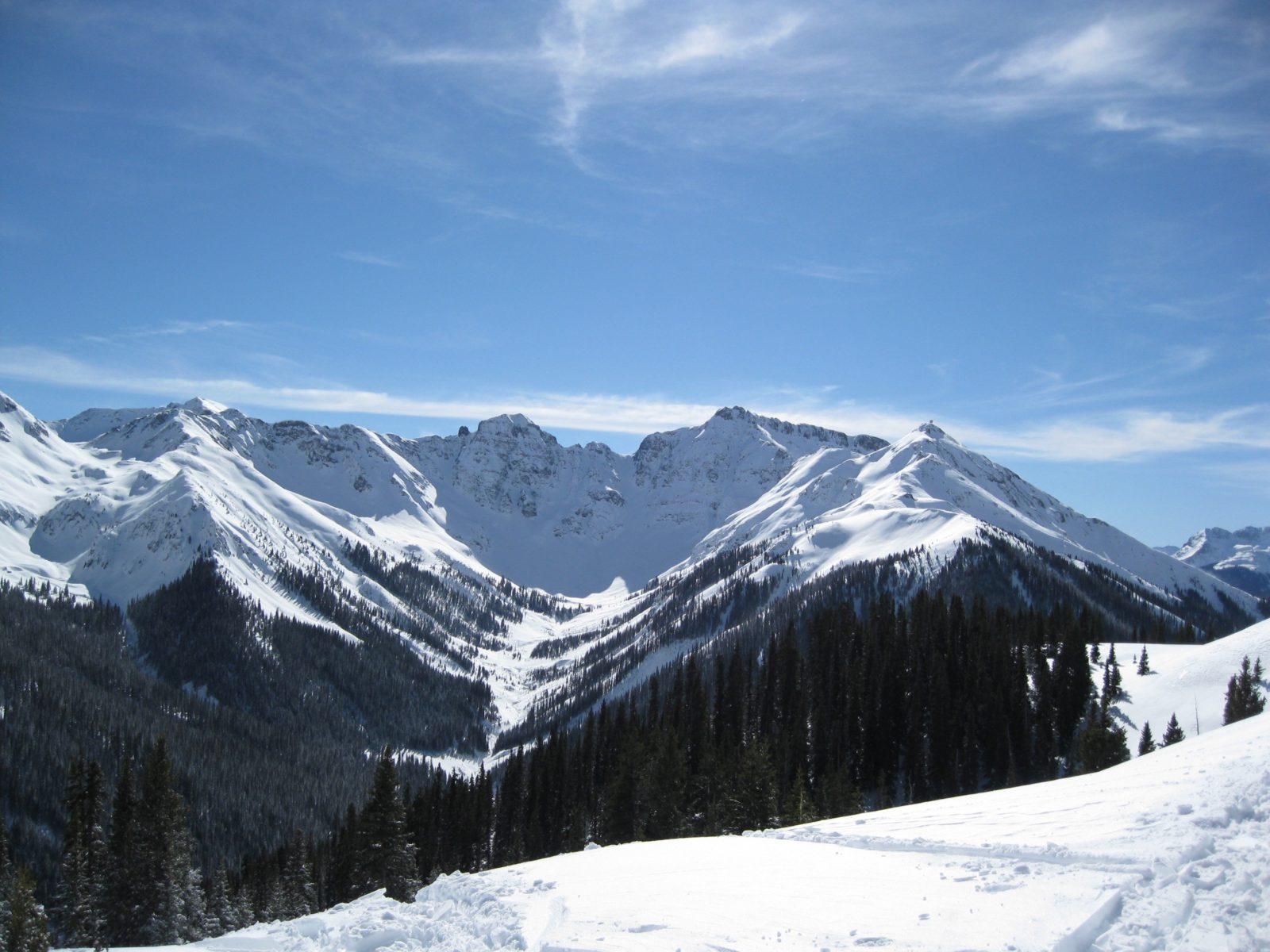 Snow Heli Ski